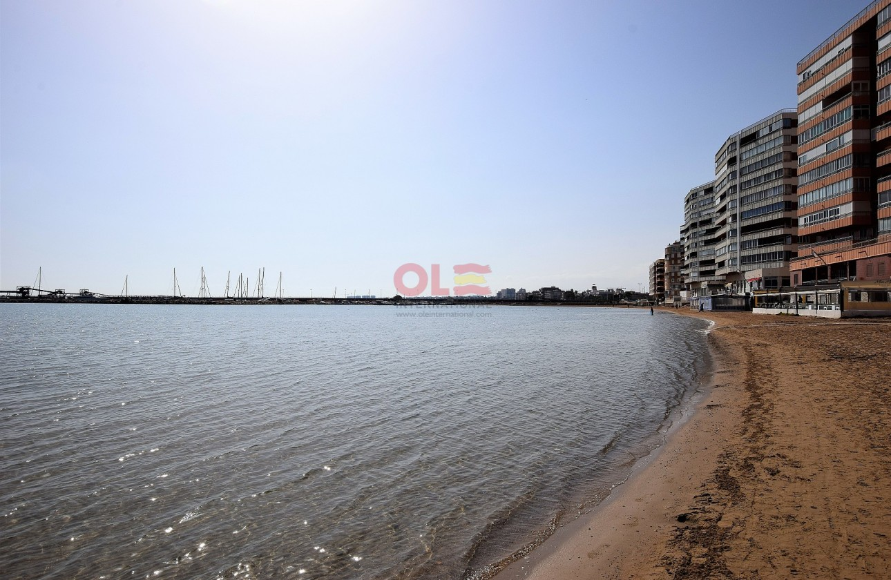 Apartment - Re-sales - Torrevieja - Torrevieja