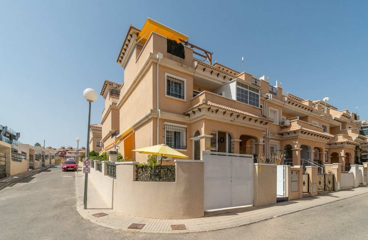 Chalet - Re-sales - Orihuela Costa - PAU 26