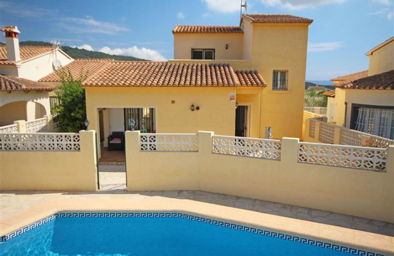 Villa - Re-sales - Benitachell - Los Molinos