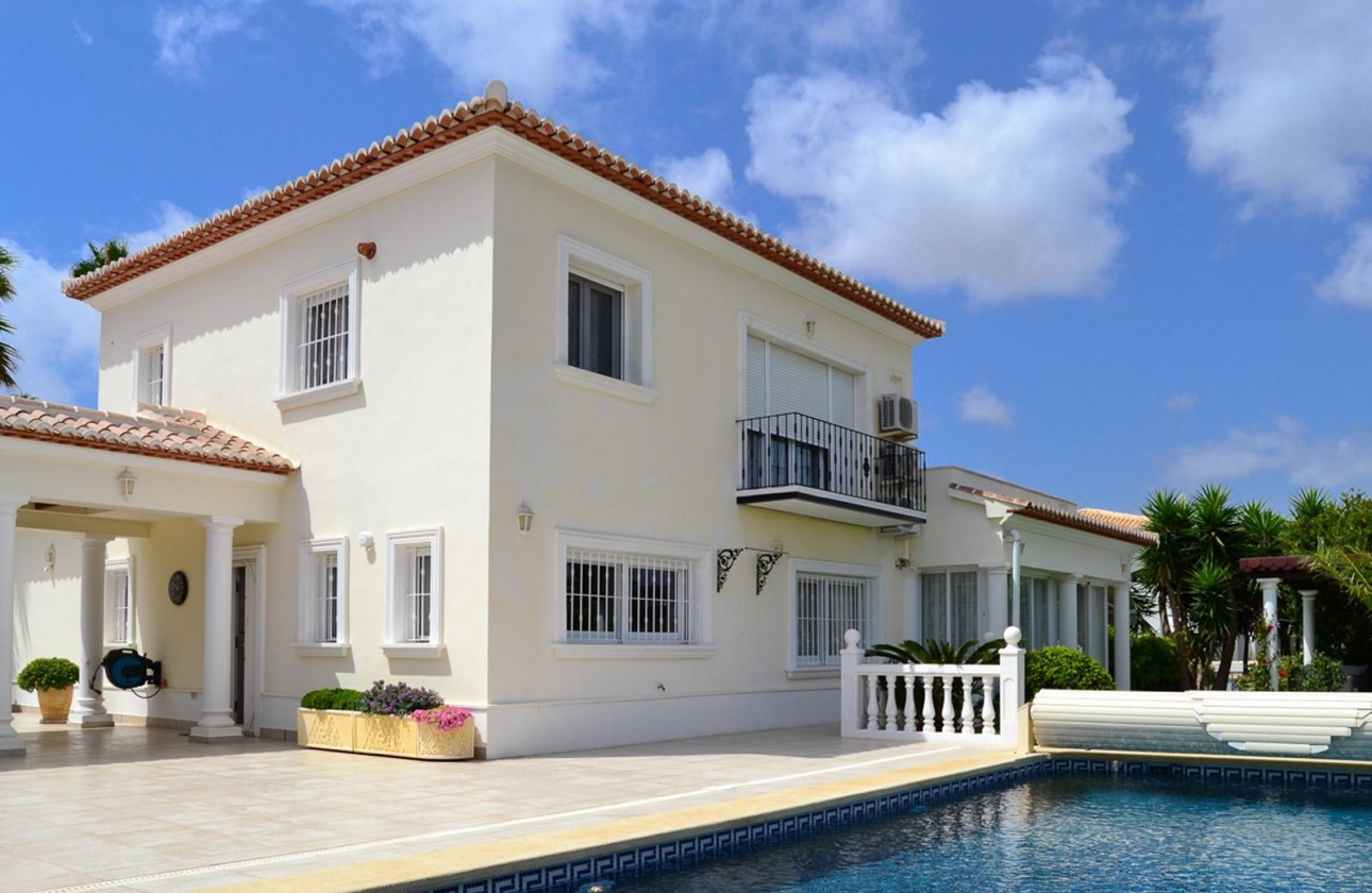 Villa - Re-sales - Javea - Adsubia