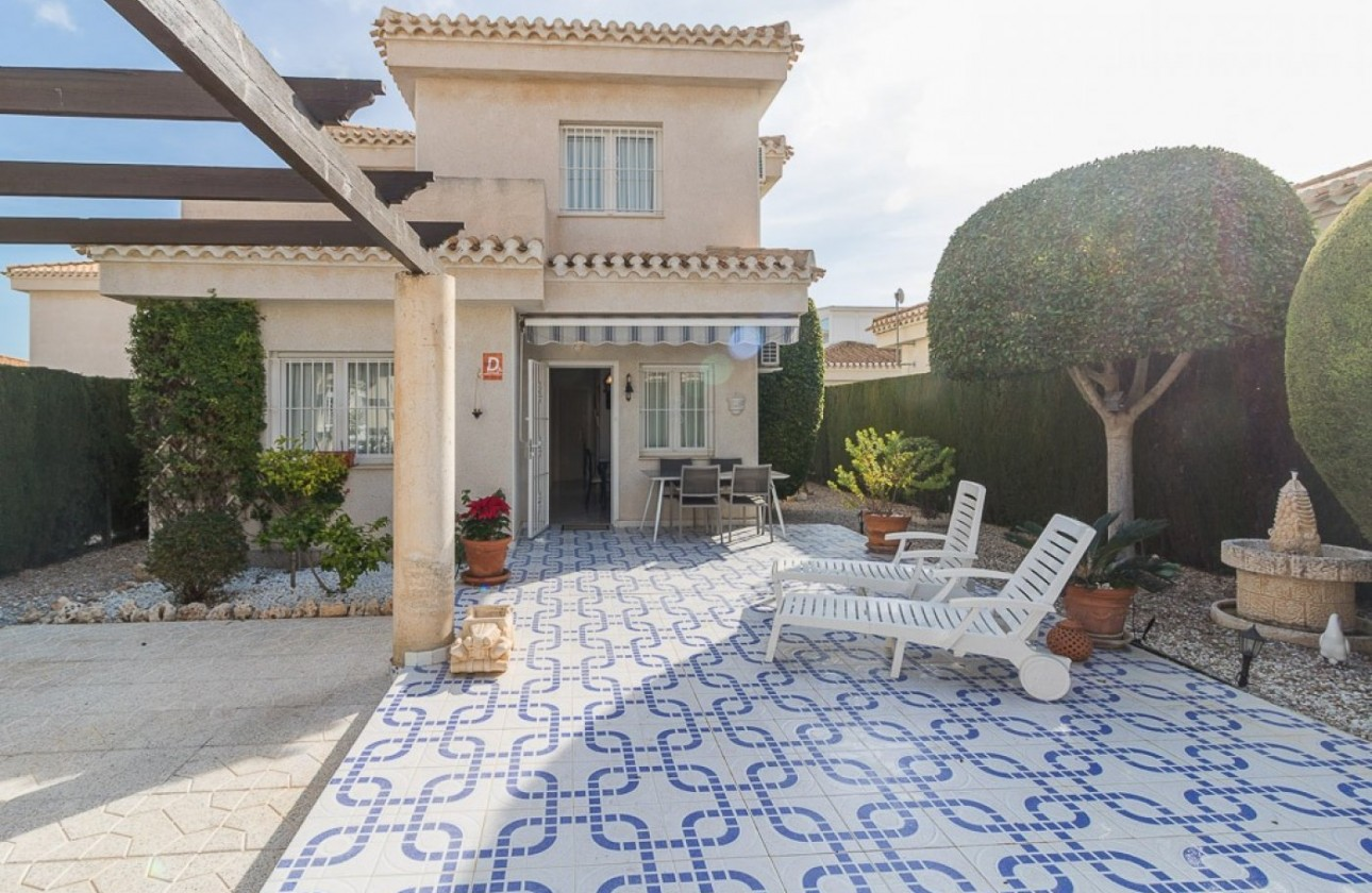 Villa - Re-sales - Orihuela Costa - Playa Flamenca